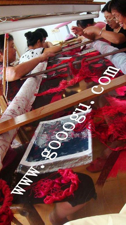 手工刺绣现场,大型屏风隔断,大堂隔断,双面绣手工艺品